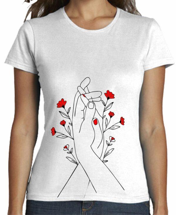 Camiseta minimal manos y flores