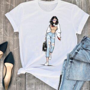 Camiseta publicitarioa personalizada con dibujo de una chica con mochila